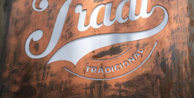 Hamburgueria em São Paulo: Tradi e Bullguer