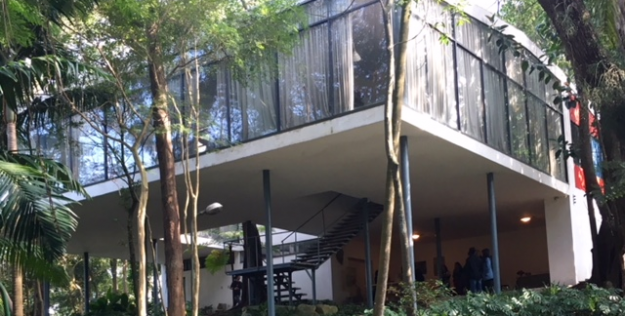 Arquitetura: Casa de Vidro Lina Bo Bardi